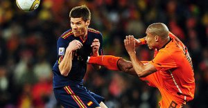 De Jong's cleat = Dutch Imperialism. Alonso's solar plexus = Bandanese revolt.